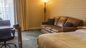 First Class Room with Queen Bed, Double Whirlpool Bath and Fireplace (#7)