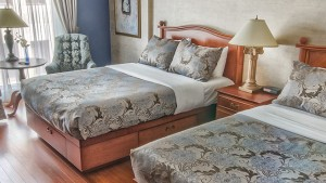 palace_royal_hospitality_room_two_double_beds_1