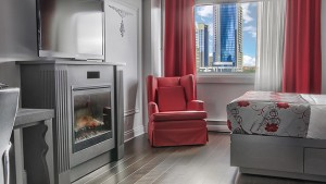 plaza_quebec_privilege_room_two_queen_beds_fireplace_multijets_shower_1
